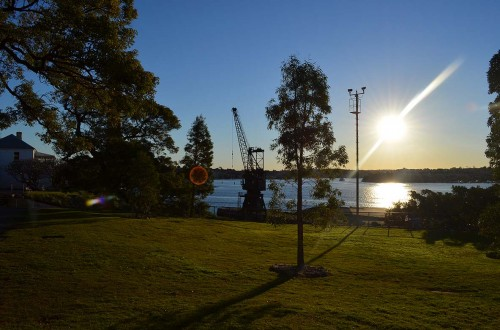 4_Harbour-view-with-crane-Copy-500x330